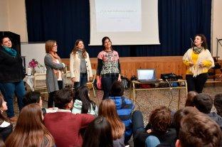 """Jornada de """"prevención digital"""" para los adolescentes de hoy"""