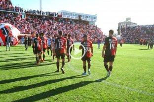 """""""No comments"""": los jugadores de Colón salieron del estadio sin dar declaraciones"""