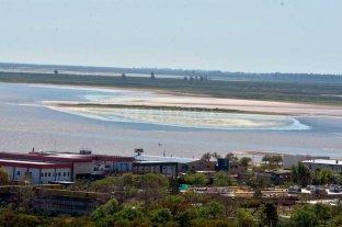 Impactante: por la bajante del río aparecen nuevos bancos de arena en la Setúbal