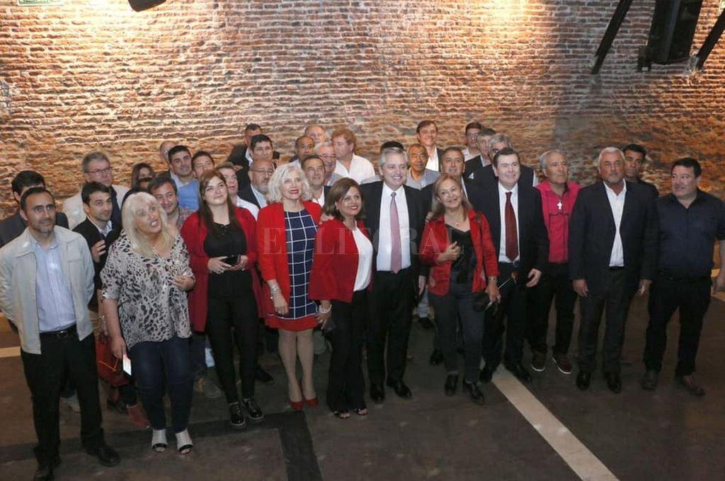 El gobernador Zamora con los intendentes radicales del norte de Córdoba. <strong>Foto:</strong> santiagodigital.com.ar