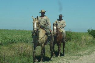 Trabajadores rurales cobrarán el bono de $ 5000