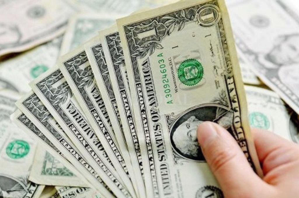 En cuánto cerró este miércoles — Subió el dólar