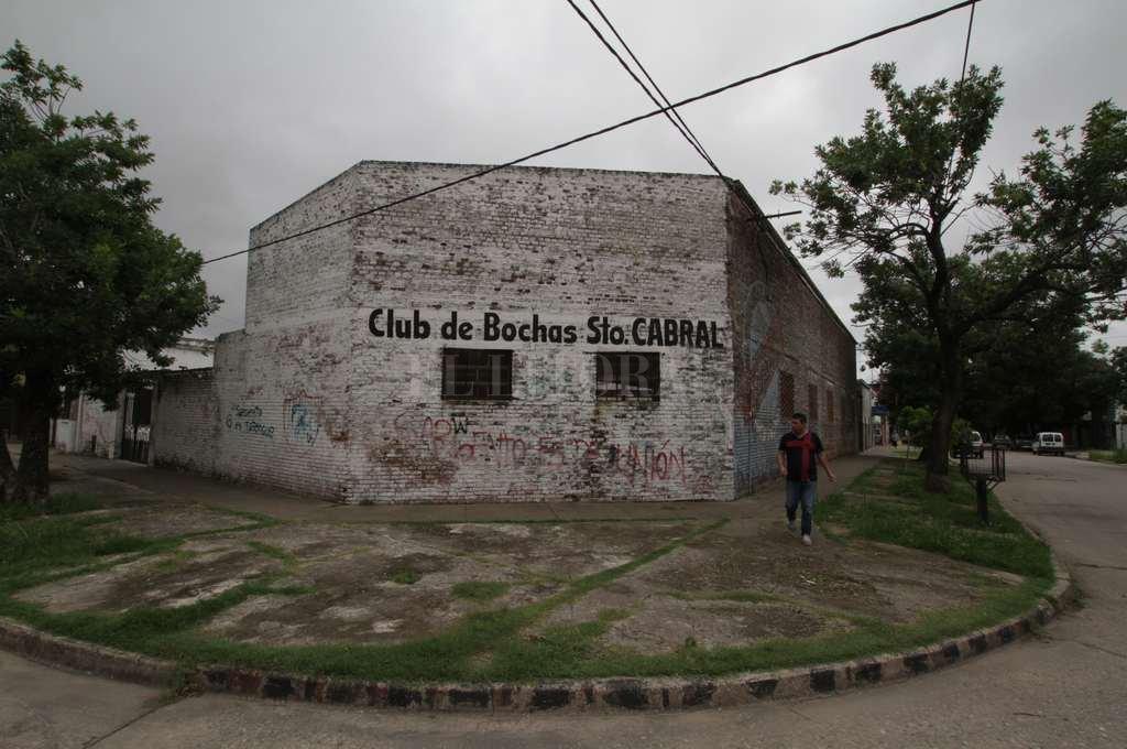 Sargentito. Está en la esquina que forman Necochea y Padilla, en barrio Sargento Cabral. <strong>Foto:</strong> Mauricio Garín