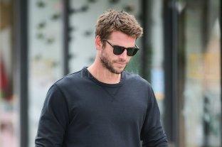 Fotografiaron a Liam Hemsworth muy bien acompañado en Nueva York