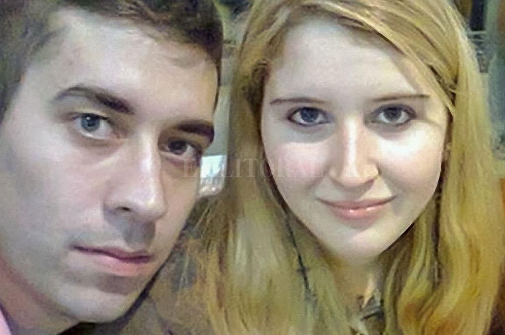 Leandro Yamil Acosta (29) y Karen Daniela Klein (25), quienes fueron hallados responsables del homicidio de Miryam Esther Kowalczuk (52), madre del joven, y de Ricardo Ignacio Klein (54), padre de la chica. Crédito: Telam