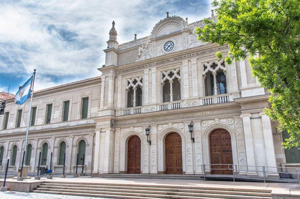 La UNL será sede del primero de los debates presidenciales Crédito: Gentileza