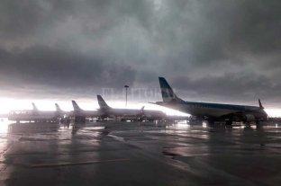 Cancelaciones y demoras de vuelos en Aeroparque y Ezeiza