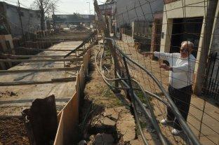 Desagüe Espora: rescinden el contrato por incumplimientos - Afectados. Los vecinos sufren las consecuencias de una obra inconclusa. -
