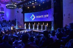 Debate presidencial: las primeras diez frases chequeadas dieron un empate entre verdaderos y falsos -  -