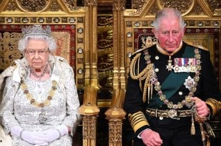Isabel II dijo en la apertura del Parlamento que la prioridad es el Brexit