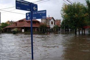 Asisten a cinco mil evacuados por la inundación en La Matanza -  -