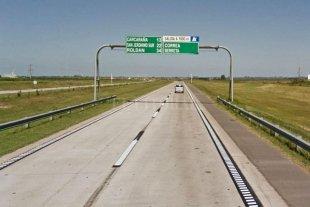Le robaron un millón de pesos en la autopista Rosario-Córdoba -