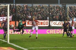 Estudiantes de La Plata y Central Córdoba se enfrentan por Copa Argentina -  -