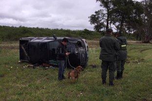Espectacular vuelco sobre R168: un hombre y su perro se salvaron de milagro -