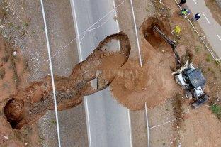 Neuquén: el socavón de RP7 se originó por una rotura de la cloaca