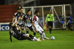 Colón cayó ante Estudiantes de Buenos Aires y se despidió de la Copa Argentina