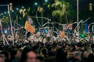 Indignación y llamados a la calma en Cataluña tras disturbios por condena a líderes secesionistas