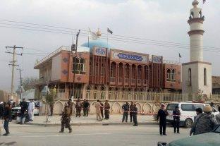 Explosión dentro de una mezquita en Afganistán: más de 60 muertos