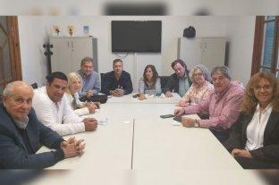 Ahora el PJ activó la reforma constitucional y busca 34 votos  - En Rosario, foto y documento de los once diputados del PJ -