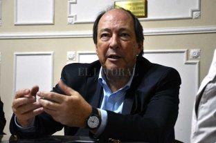 """""""Gane quien gane, hay que   lograr acuerdos estructurales""""  - Sanz admitió que los problemas argentinos son tan serios que necesitan de la mirada de todos. La necesidad de ceder para lograr avances. -"""