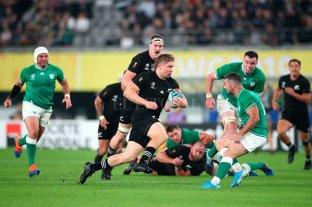 Nueva Zelanda goleó a Irlanda y jugará en semifinales con Inglaterra