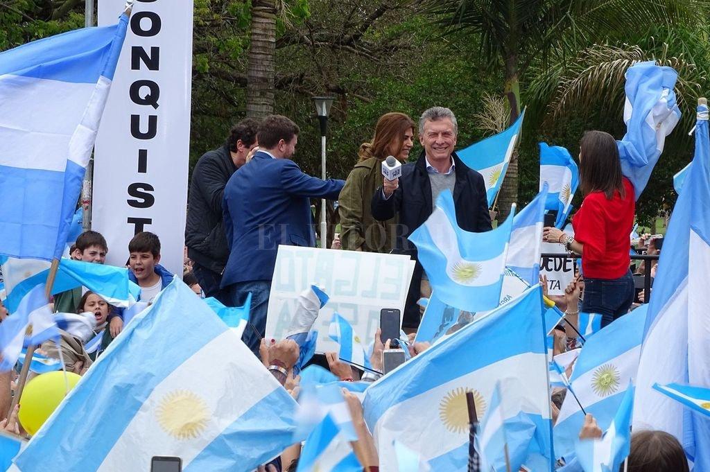 Mauricio Macri y Juliana Awada en Reconquista.  <strong>Foto:</strong> Mirador Provincial