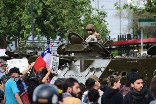 Chile: Enfrentamientos, cacerolas y filas para conseguir nafta y comida -  -