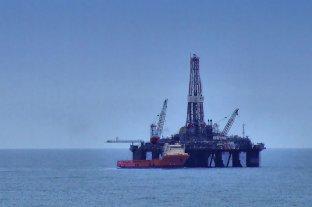 El Gobierno autorizó a dos empresas a buscar hidrocarburos en mar argentino