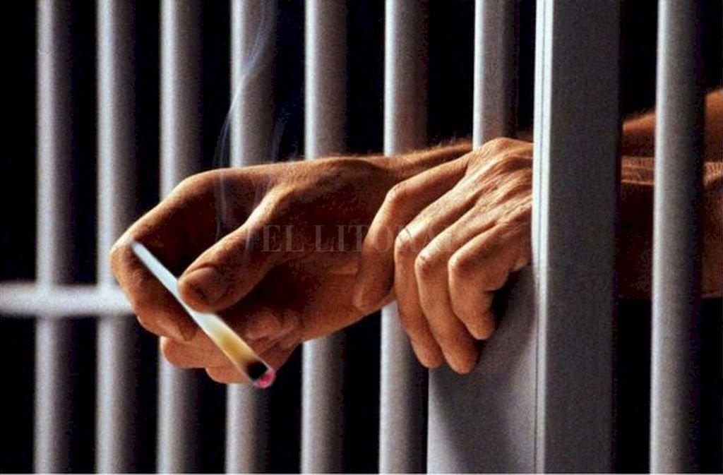 El consumo de estupefacientes en los penales y las potestades legales de los guardiacárceles están en discusión.  <strong>Foto:</strong> Archivo El Litoral