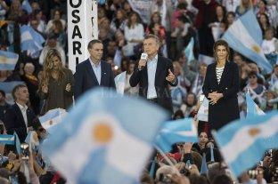 """Macri: """"No nos va a ayudar traer a los mismos del pasado"""""""