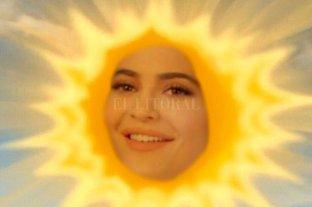 """Kylie Jenner """"registró"""" su meme como marca comercial y ya vende remeras con la frase"""