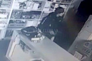 Robó en la escuela de un club y lo identificaron por las cámaras