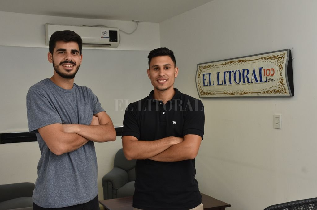 Nicolás Strada y Maximiliano Rivas, quienes se coronaron campeones argentinos en dobles. <strong>Foto:</strong> Flavio Raina
