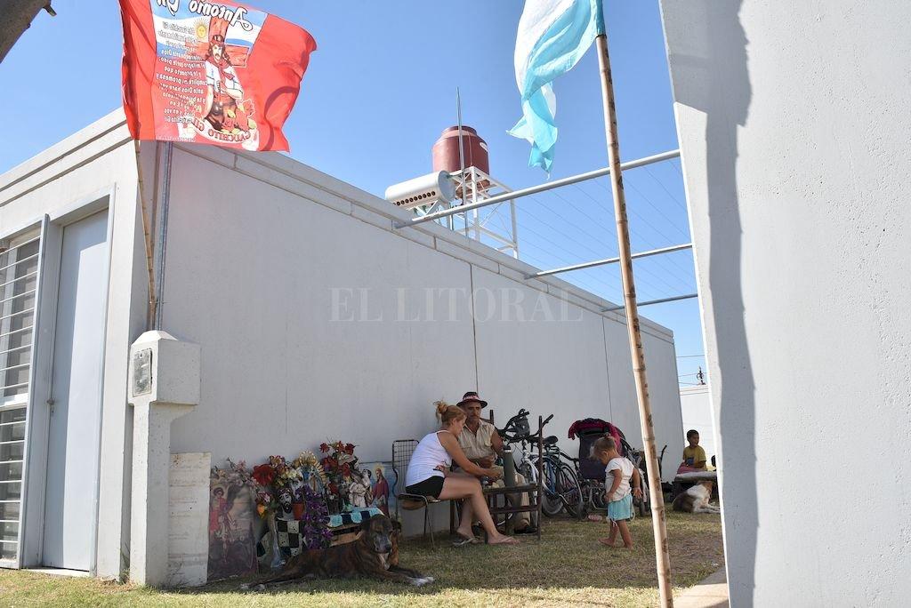 En febrero pasado, las familias que vivían en Vieja Tablada fueron reubicadas en las viviendas del nuevo barrio Jesuitas. <strong>Foto:</strong> Archivo El Litoral / Flavio Raina