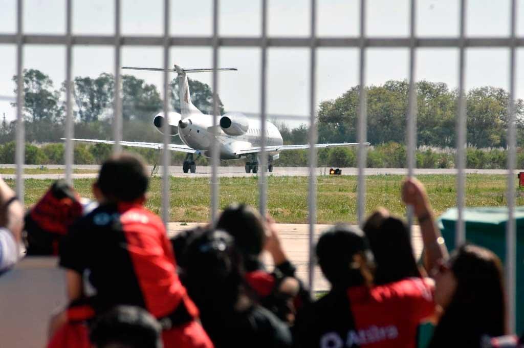 La delegación rojinegra saldrá desde el aeropuerto metropolitano de Santa Fe <strong>Foto:</strong> Archivo El Litoral
