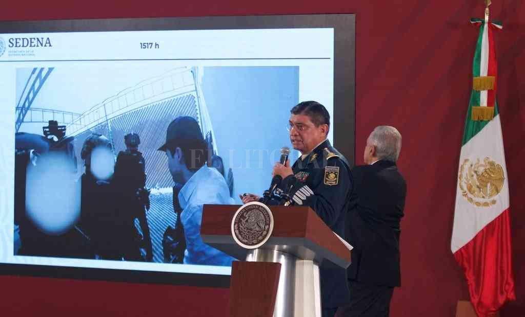 El secretario de la Defensa Nacional, Luis Cresencio Sandoval, dio una rueda de prensa junto el presidente Andrés Manuel López Obrador.  Crédito: EFE