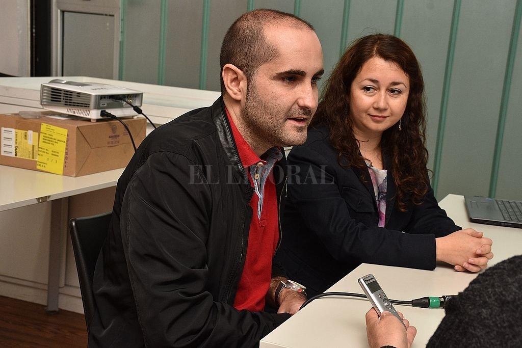 Disertantes. José María Fernández (España) y Marcela Godoy (Chile), dos de los especialistas que coincidieron durante dos días en esta ciudad. Crédito: Guillermo Di Salvatore