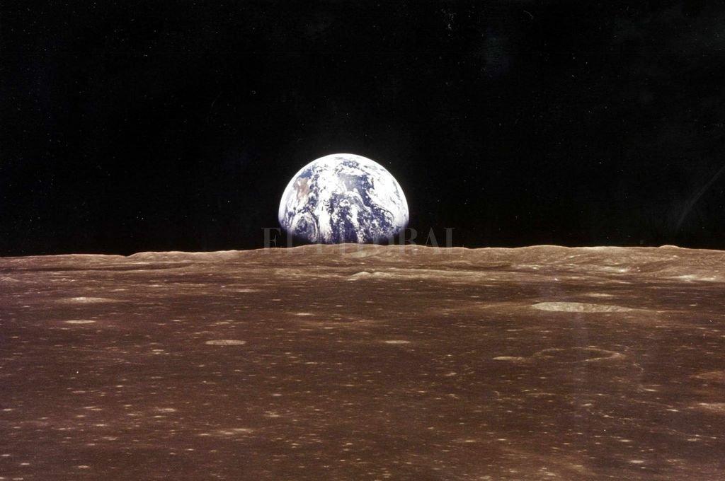 La perspectiva cambia cuando se mira la tierra desde la órbita lunar. <strong>Foto:</strong> Archivo El Litoral