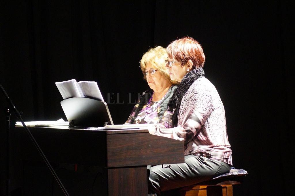 Las profesoras Lilia Vieri y Silvia Eymann actuarán el jueves en el Salón de Actos de la institución. Crédito: Gentileza organizadores