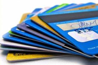 Las tarjetas de pago deberán tener el dinero en el país y en cuenta a la vista