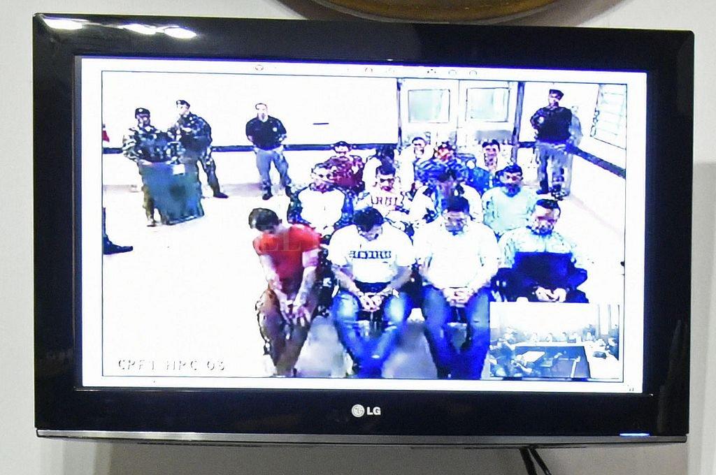 Varios de los imputados ya cumplen condenas y se encuentran detenidos. La audiencia de este miércoles la siguieron por videoconferencia. <strong>Foto:</strong> Marcelo Manera