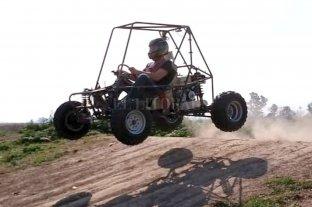 Alumnos de una escuela técnica fabricaron un vehículo todo terreno