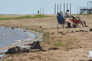 A una semana del inicio de la temporada de playas, guardavidas custodian la Este