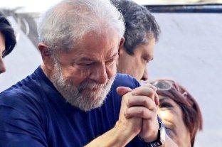 Una encuesta da como vencedor a Lula sobre Bolsonaro tanto en primera como segunda vuelta
