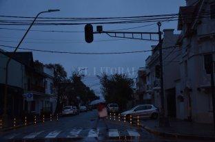 Advierten sobre peligro de un nuevo apagón que afectaría a Santa Fe y Entre Ríos