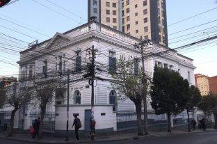 """Consulado pidió """"extrema precaución"""" para los argentinos que estén o tengan previsto viajar a Bolivia - Consulado argentino en La Paz, Bolivia.   -"""
