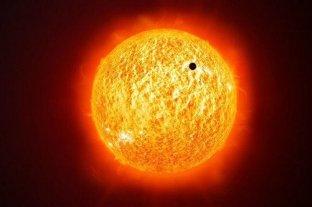 """""""Tránsito de Mercurio"""": el planeta se paseó por delante del Sol"""
