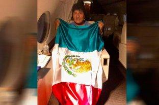 Evo Morales partió rumbo a México, país que le brindó asilo