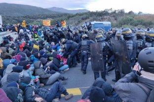 La policía francesa desaloja a independentistas que cortaban paso entre España y Francia