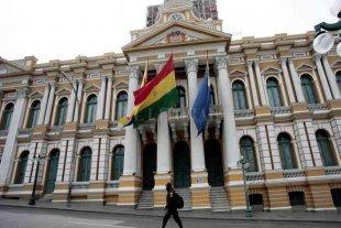 La Asamblea Legislativa se reúne para aceptar la renuncia de Evo Morales